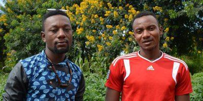 Alain y Toussaint trabajan para apoyar a su comunidad (Sarah Morsheimer / Jesuit Refugee Service).