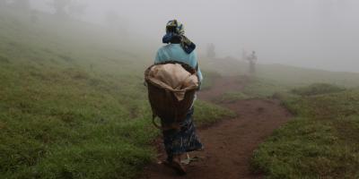 Une femme déplacée à Masisi, dans le Nord-Kivu. (Sergi Camara / Entreculturas)