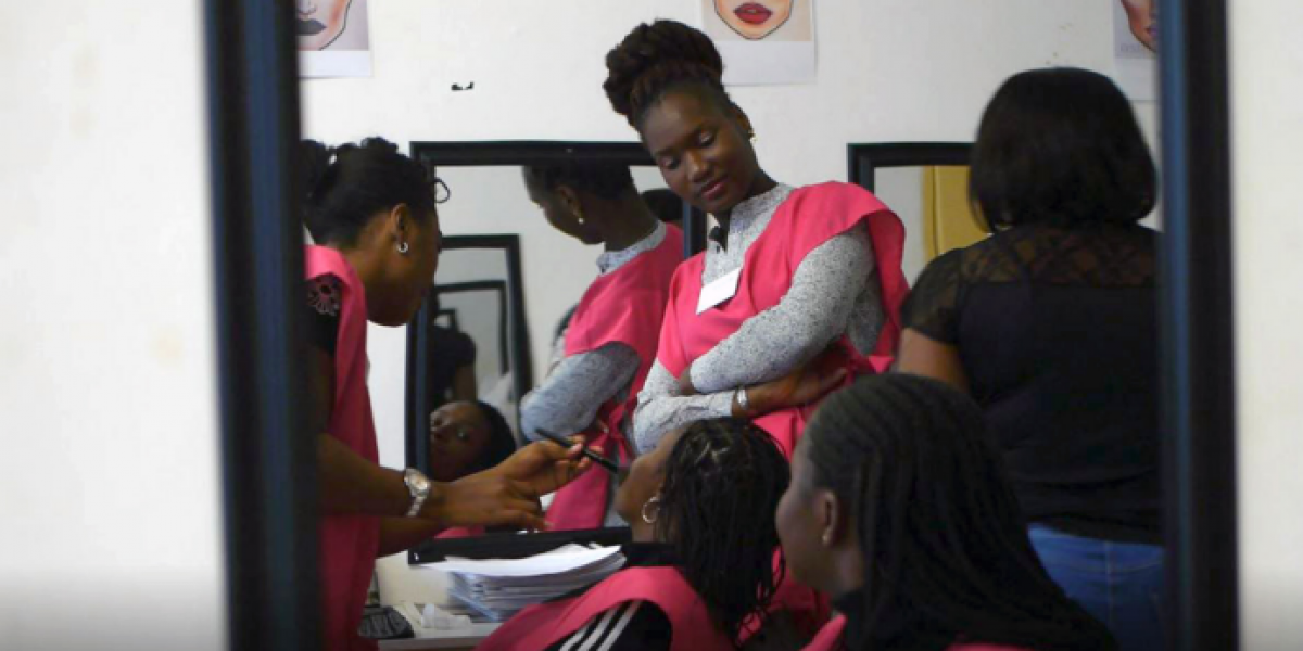 Students during a Beauty & make-up class at the JRS Arrupe Skills Centre in Johannesburg. (Jesuit Refugee Service)