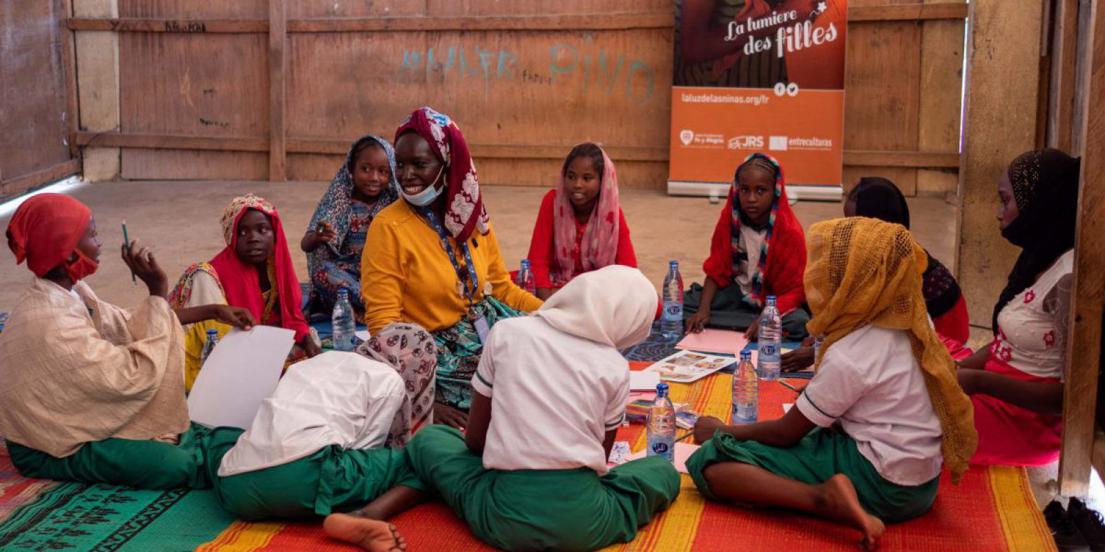 Imagining a new future for refugee girls through a workshop launched by Entreculturas and JRS