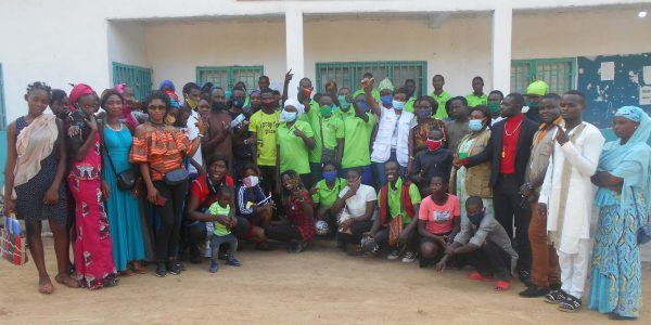 Les étudiants de la formation professionnelle du JRS Cameroun