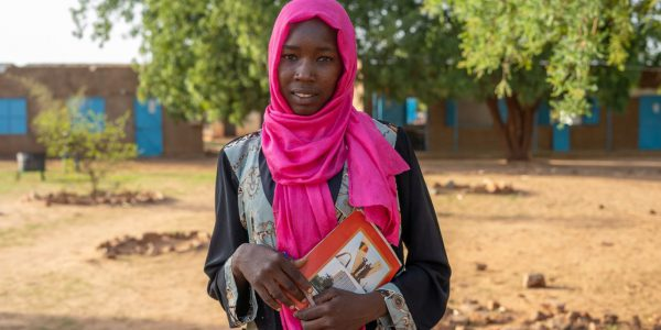 Soumaya is a 20-year-old student at the Lycée (high secondary school) in Djabal refugee camp