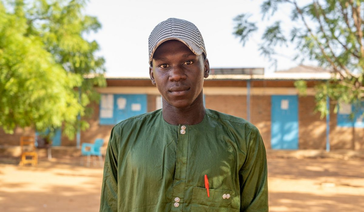 Izzadine is a 19-year-old student at the Lycée (high secondary school) in Djabal refugee camp
